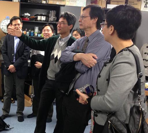 Lab Tour (Yuichi Nakamura Laboratory)