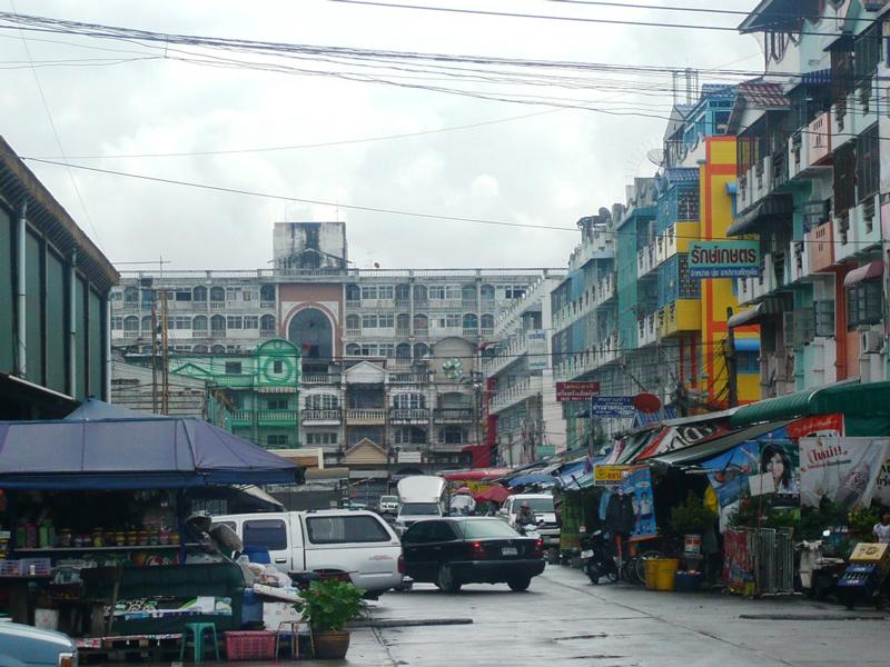 急拡大するバンコク都市圏。市街地空間の変化の動向をとらえ、