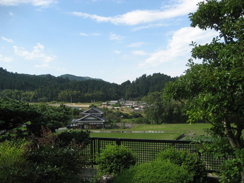 中世、九条家の荘園であった「日根荘」の文化的景観(大阪府泉佐野市)。この風景の中には中世・近世・近代・現代に創られた環境が混在します。7年余りかけて保全計画策定のための調査活動を地元コミュニティと一緒に行ってきました。